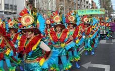 Los Lorolos será la primera comparsa de Mérida que desfile en Badajoz