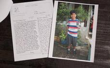 Bush apadrinó a un niño filipino