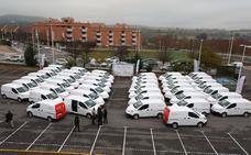 La Diputación de Badajoz entrega otros 44 vehículos eléctricos a municipios