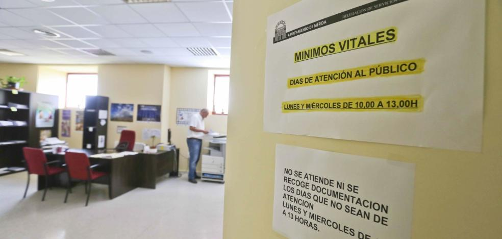 La Junta aumenta las plantillas de once servicios sociales de atención básica