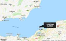 Mueren 20 inmigrantes al incendiarse su barco en la costa de Argelia