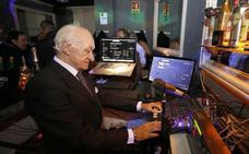 Un señor DJ