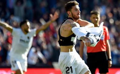 Piccini salva al Valencia en el 93' y hunde a un buen Huesca