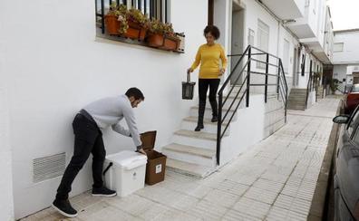 Seis pueblos probarán un sistema de recogida de basuras puerta a puerta
