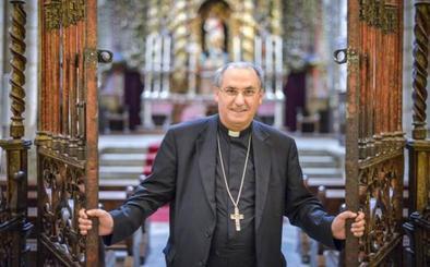 Celso Morga ve como «una causa justa» la integración de Guadalupe en una diócesis extremeña