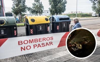 Un coche embiste a los bomberos de Badajoz mientras sofocaban un incendio