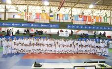 Olivenza recibe la medalla de oro al mérito deportivo por su apoyo al judo