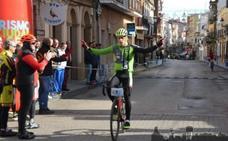 Pedro Sánchez, del Tany Nature, se impone en la Carrera del Pavo en Almadén