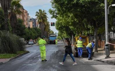 Los trabajos de asfaltado de calles continuarán esta semana por el barrio del Gurugú en Badajoz