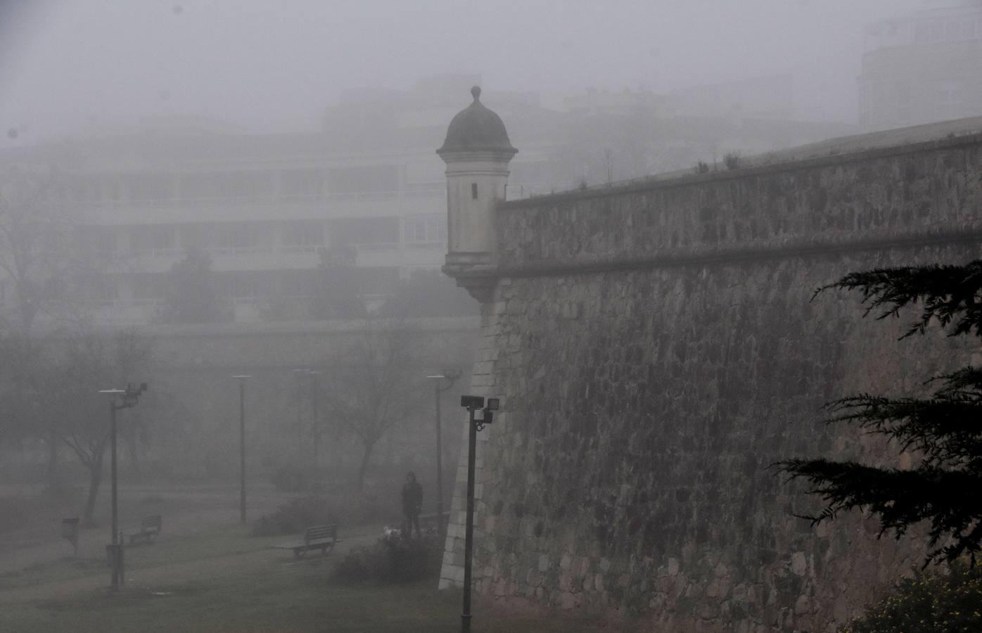 La niebla vuelva a Badajoz