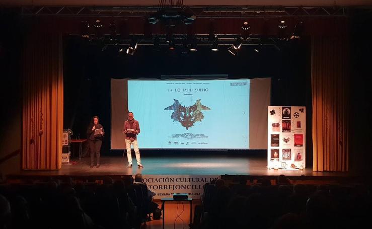 «La Teoría del Sueño» conquista el Gentinosu de Oro en el festival de cortos de Torrejoncillo
