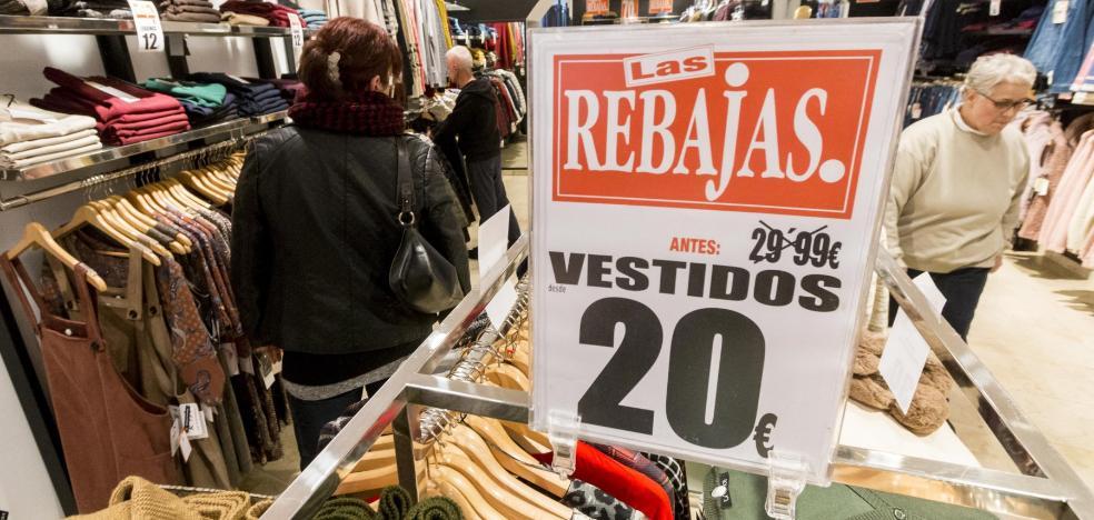 El comercio de Plasencia iniciará el martes las rebajas con descuentos del 40%