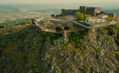 Montánchez instala un mirador celeste en su castillo mozárabe