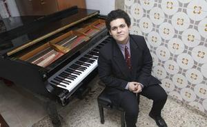 Homenaje en el Ateneo de Cáceres al poeta Rubén Darío