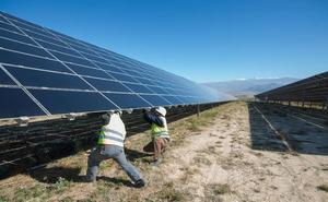 Inician la tramitación para invertir 250 millones en una fotovoltaica en Ceclavín