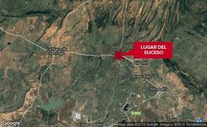 Un motorista de 34 años resulta herido grave en un accidente en una finca de Aljucén