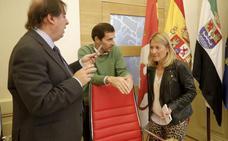 Nevado desoye al secretario y adjudica un contrato para salvar 31.000 euros