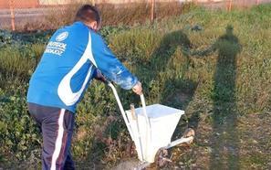 El Santa Isabel de Badajoz se hace su propio campo de fútbol