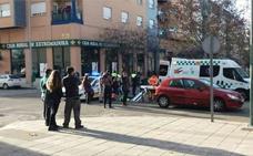 Herido un repartidor de pizzas en la colisión con un coche en Badajoz