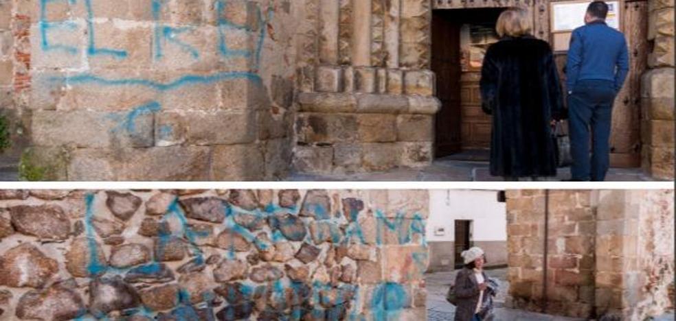 Localizado en un pueblo de Jaén al autor de los grafitis en dos monumentos de Plasencia