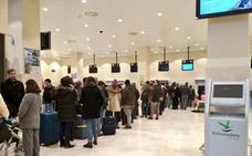Aena y Air Nostrum achacan a la niebla el retraso en los vuelos Madrid-Badajoz y Badajoz-Madrid