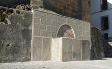 Finaliza la remodelación de la fuente del Jaralillo y la reconstrucción del pilar de la Crucera en Jaraíz de la Vera