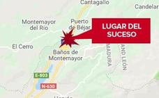 Un hombre resulta herido leve por el vuelco de un camión en la A-66 cerca de Baños de Montemayor