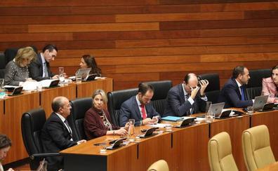 La Asamblea de Extremadura pide la aplicación del 155 en Cataluña