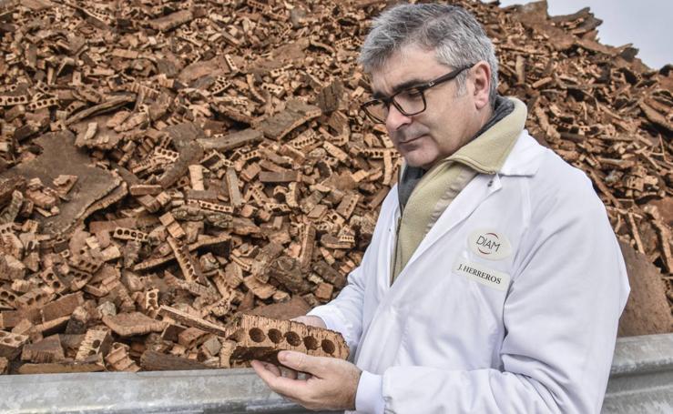 San Vicente, capital mundial de la fabricación de tapones de corcho