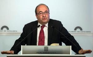 Iceta: «No me gustaría que el Parlament aprobase una moción que dijese a Extremadura qué debe hacer»