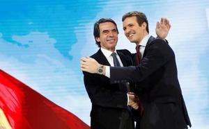 Casado bendice a Aznar y vuelve a pedir el voto para el PP