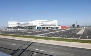Las primeras consultas en el nuevo hospital de Cáceres se realizarán el día 30 de este mes