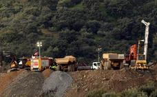 El pozo para rescatar a Julen avanza con reveses y acerca la tarea de los mineros