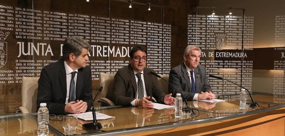 La espera media para operarse en Extremadura se reduce casi un mes desde 2015