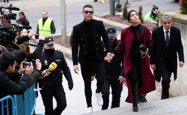 0f5e696eb7 Cristiano Ronaldo, condenado a 23 meses de cárcel y 18,8 millones: «Todo  perfecto» | Hoy