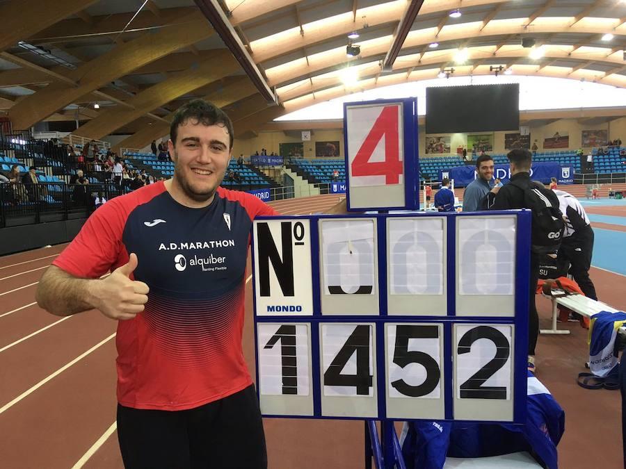 Tino Salas bate su propio récord de Extremadura en peso