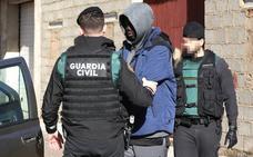 La operación contra el cultivo y tráfico de drogas en la provincia de Badajoz culmina con 20 registros