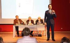 Presentado en Villanueva el segundo poemario de Diego González