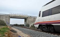 Las vías del tren registraron trece actos vandálicos durante todo 2018 en Extremadura