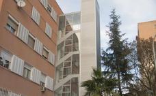Más de la mitad de los edificios de la barriada de La Paz de Badajoz no cuenta con ascensor