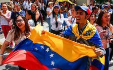 Ayuda humanitaria para reafirmar a Guaidó