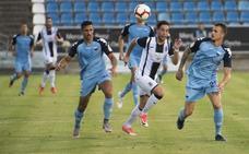 El Badajoz deja sitio para un delantero