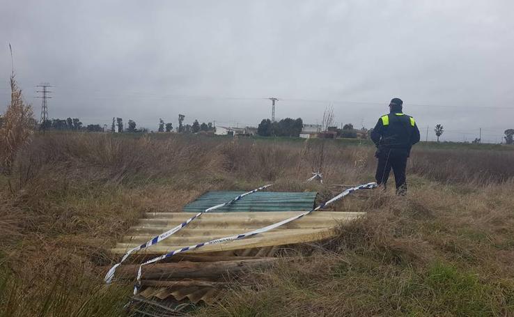 Pozos en Ronda Norte que han sido precintados por la Policía Local