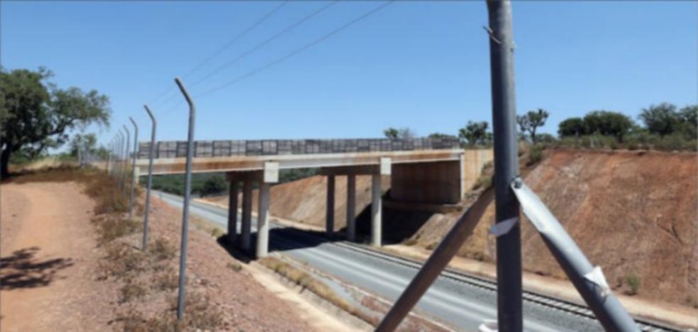 Adif adjudica el montaje de vía de Plasencia a Cáceres y las subestaciones