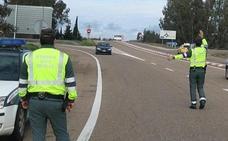 Detenido con 50 kilos de marihuana tras huir de la Guardia Civil en Cáceres