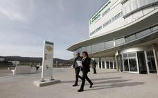 El hospital de Cáceres, primero de la región y tercero del país en ofrecer radioterapia intraoperatoria