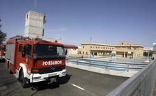 Herido un bombero al sufrir una caída en el parque de Badajoz