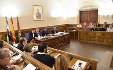 Un informe jurídico avala que no figure el pago al Sepei en el presupuesto de Plasencia