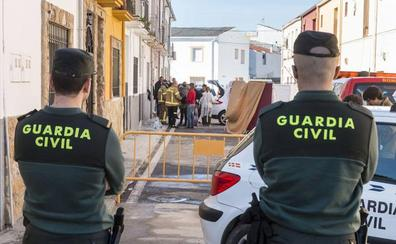 Muere una joven en el incendio de su casa en Carcaboso