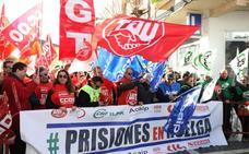Funcionarios de prisiones piden ante la Asamblea más efectivos y mejora de sus derechos laborales